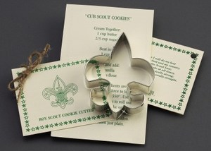 Customized Fleur De Lis Stock Shaped Cookie Cutters!